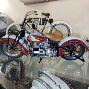 Buy DANBURY MINT MOTORCYCLE 1938 INDIAN FOUR 1:10 NEW WITH TAGS FREE SHIPPING!