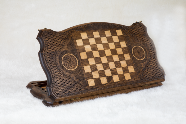 Buy HANDMADE WOODEN VINTAGE BACKGAMMON BOARD GAME SET - ORNAMENT FLAKE